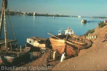 Sungai Nil Nabi Musa ditaruh di Kali ini (bayi)